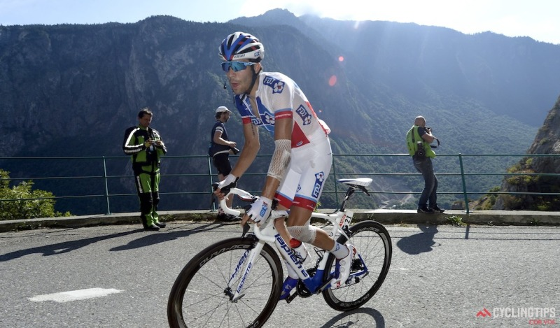 Pinot wins Tour stage 20 atop Alpe d'Huez, Froome loses more time but secures yellow   CyclingTips