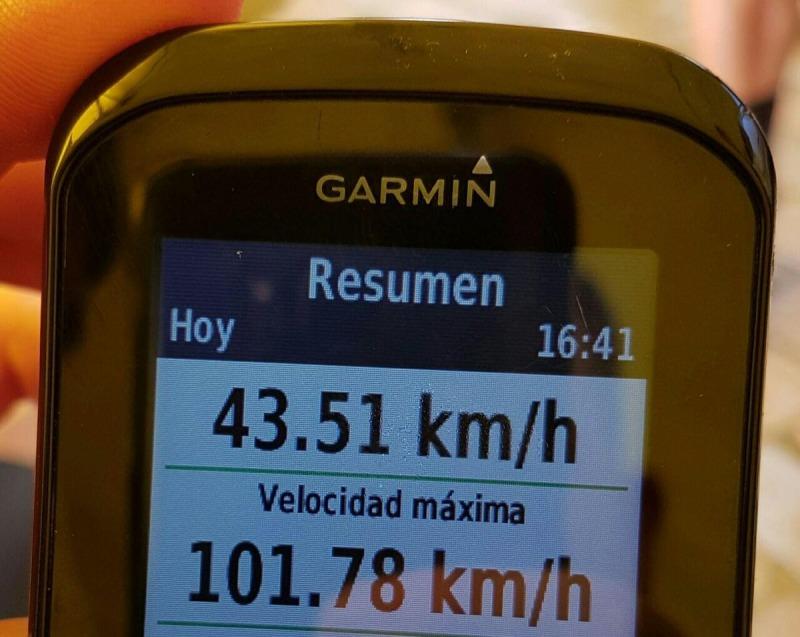 Volando en los descensos Valverde